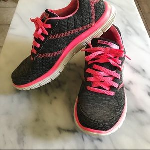 EUC Pink and Heather Gray Skechers Tennis Shoes